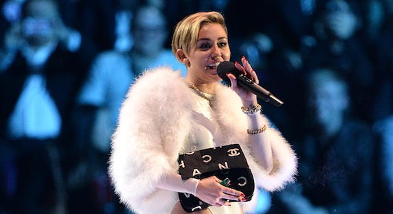 Miley Cyrus MTV Europe Music 2013